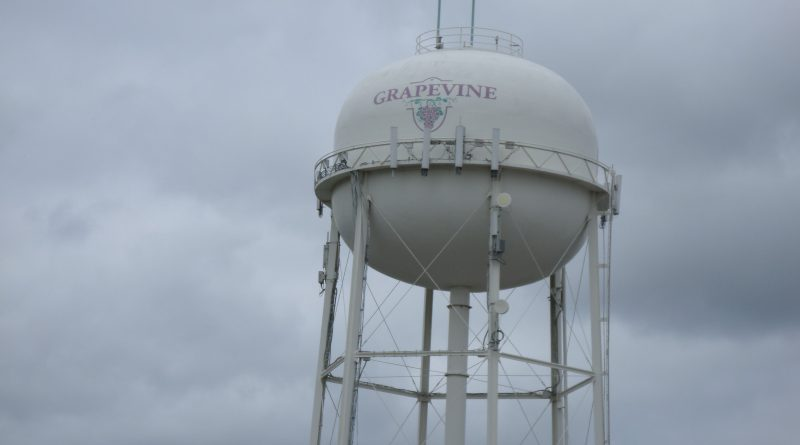 Grapevine Water Tower